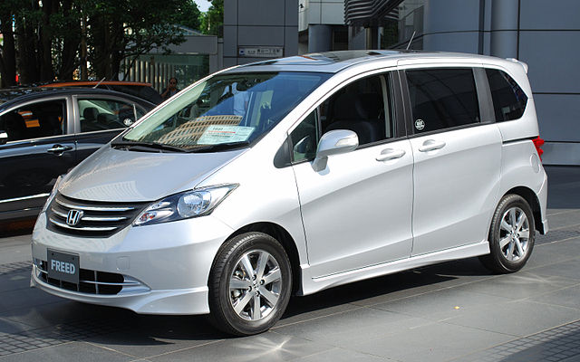 Honda Freed 1.5 (Petrol)