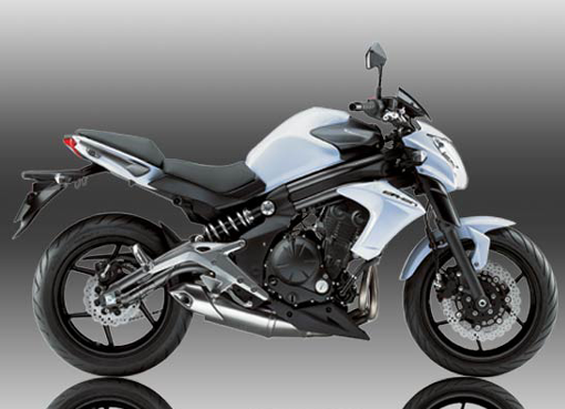 Kawasaki Er 6n Bike Review Specification Mileage And Price Surfolks