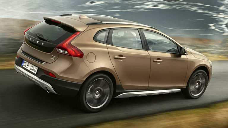Volvo V40 T4 Cross Country (Petrol)