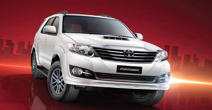 Toyota Fortuner 2WD AT TRD Sportivo (Diesel)