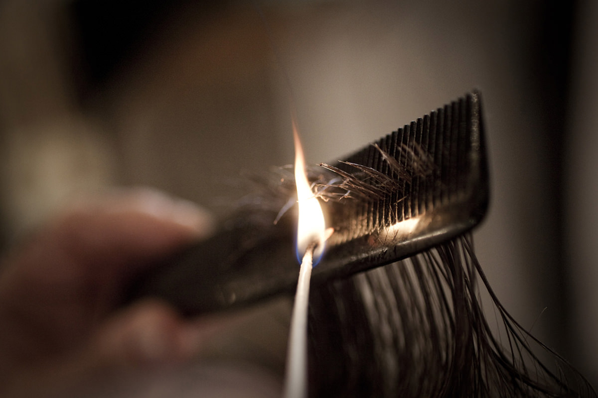 Hair Cut with Fire Antica Barbieria Colla Franco Bompieri Milan Barber Hair Cutter