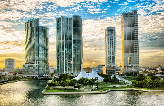 Top 7 Things You Should Know When Buying Miami Real Estate