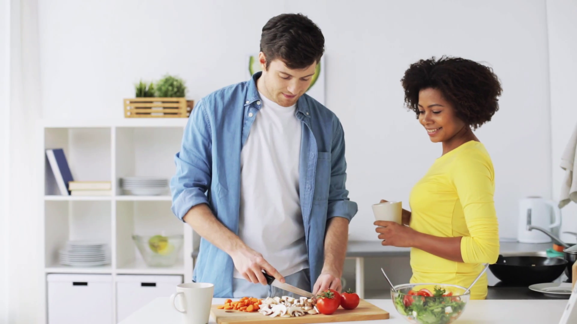 5 TIPS TO HAVE IN MIND WHILE BUYING ESSENTIAL KITCHEN ACCESSORIES